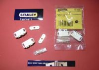 STANLEY magnetic catch.4 kg pull. 2 pack with screws White.83-5405